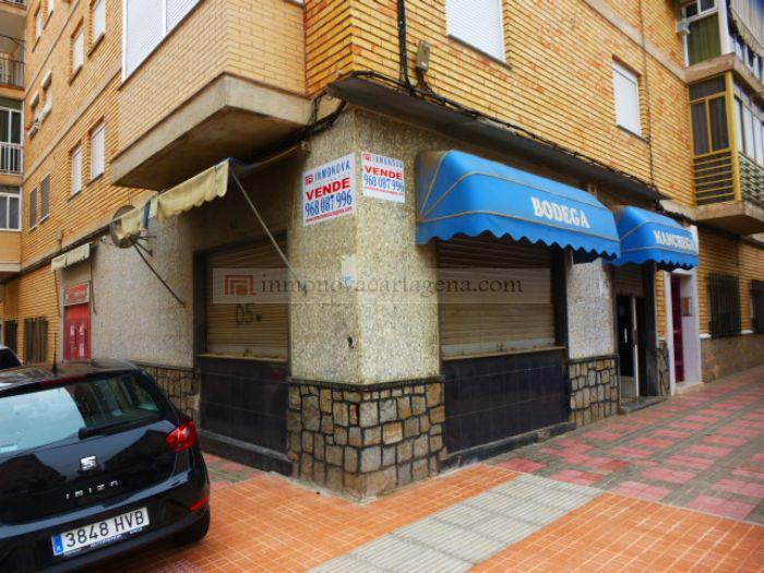 Venta de Locales comerciales en JOSE MARIA LAPUERTA