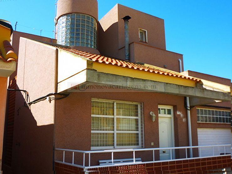 Fuera de Venta de Duplex en BARRIO PERAL
