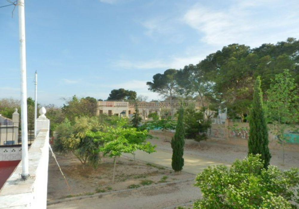 Venta de Planta Baja en BARRIO PERAL