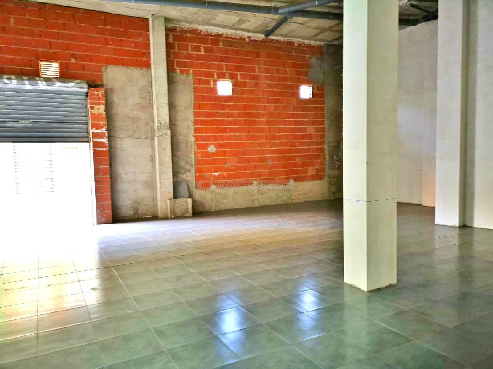 Alquiler de Locales comerciales en BARRIO PERAL